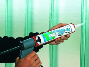 Szilikon tömítő használata pisztollyal